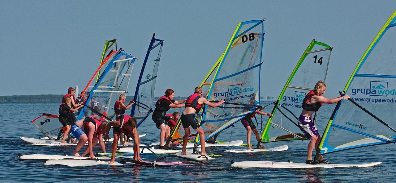 kolonie wodne grupa wodna władysławowo windsurfing