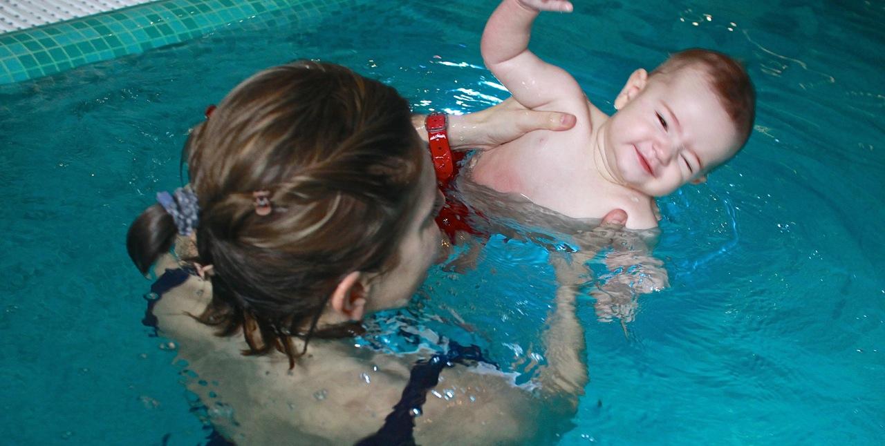 nauka pływania dzieci niemowląt Elbląg Grupa Wodna