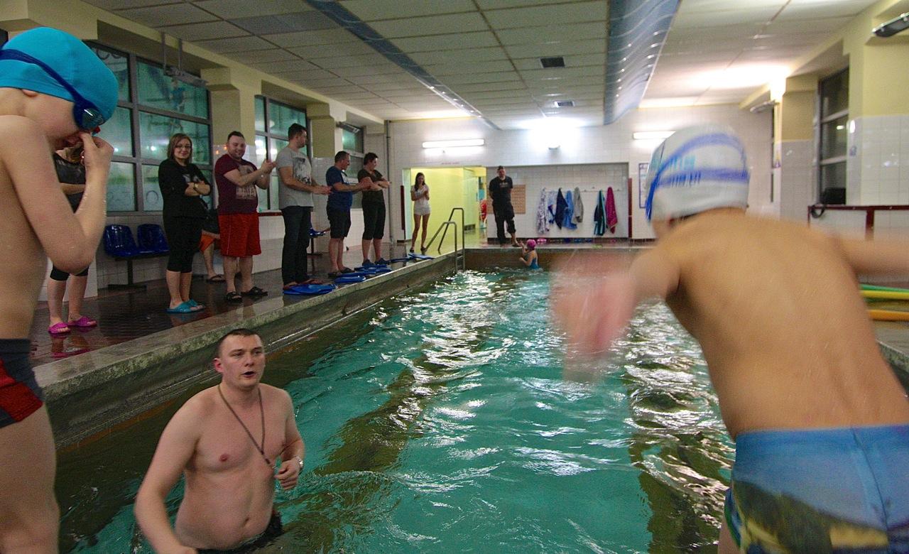 nauka pływania szkoła pływanie dziecko Grupa Wodna Elbląg