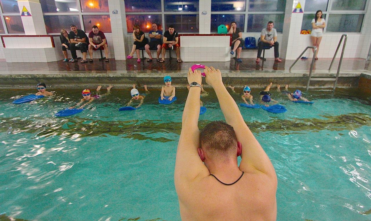 nauka pływania instruktor szkoła basen Grupa Wodna Elbląg