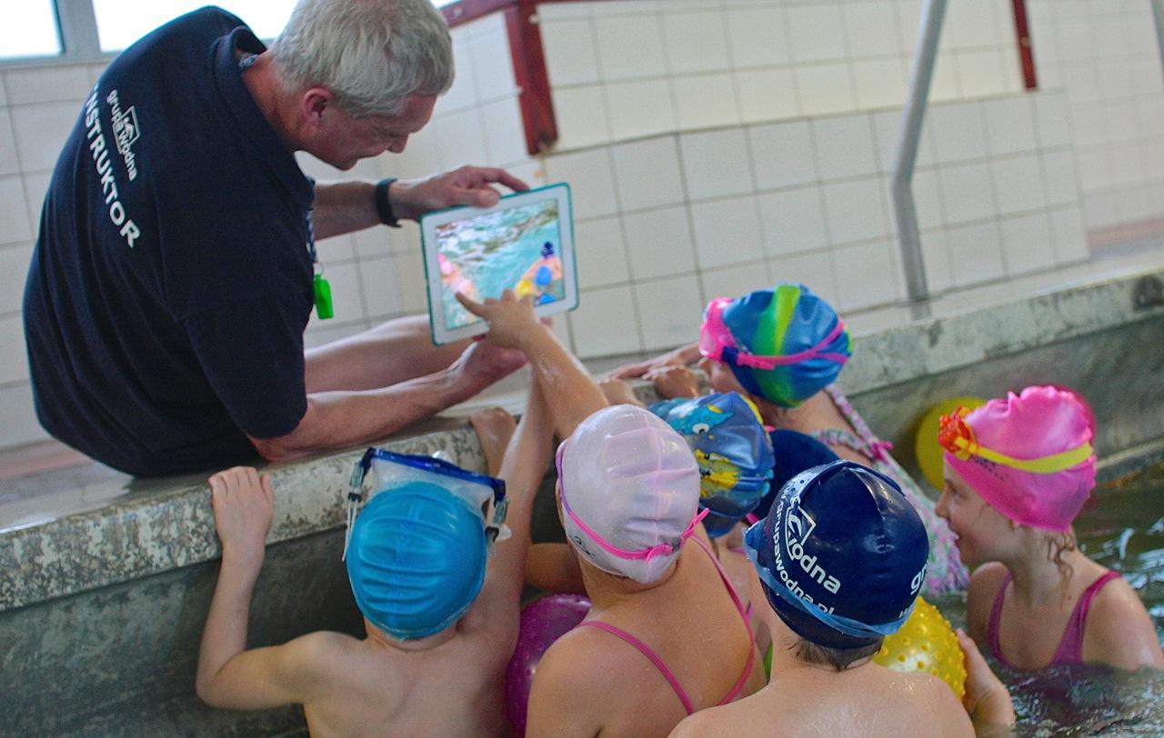 nauka pływania Elbląg Grupa Wodna instruktor nauczyciel pływanie