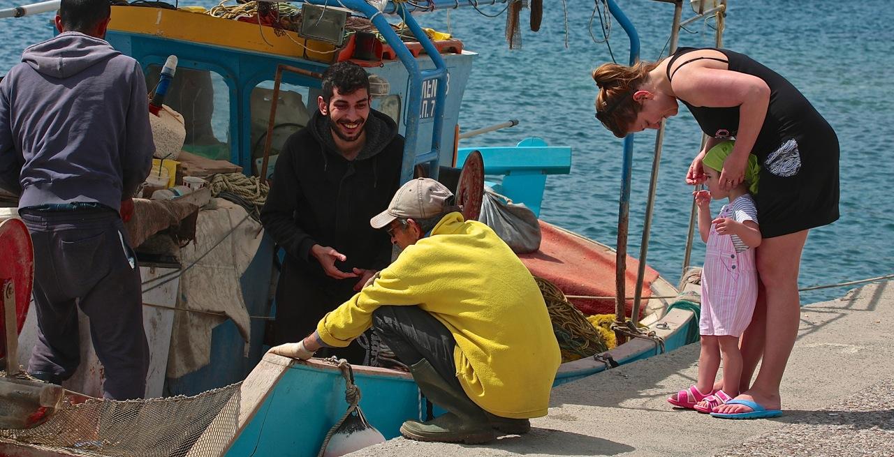 dzieci najachcie rejs rodzinny grupa wodna Grecja