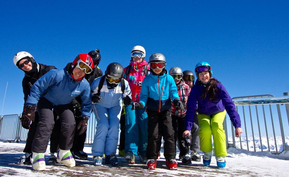 narty zinstruktorem narciarstwa wAustrii Grupa Wodna