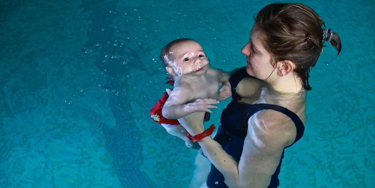 nauka pływania niemowląt małe dzieci Grupa Wodna Elbląg