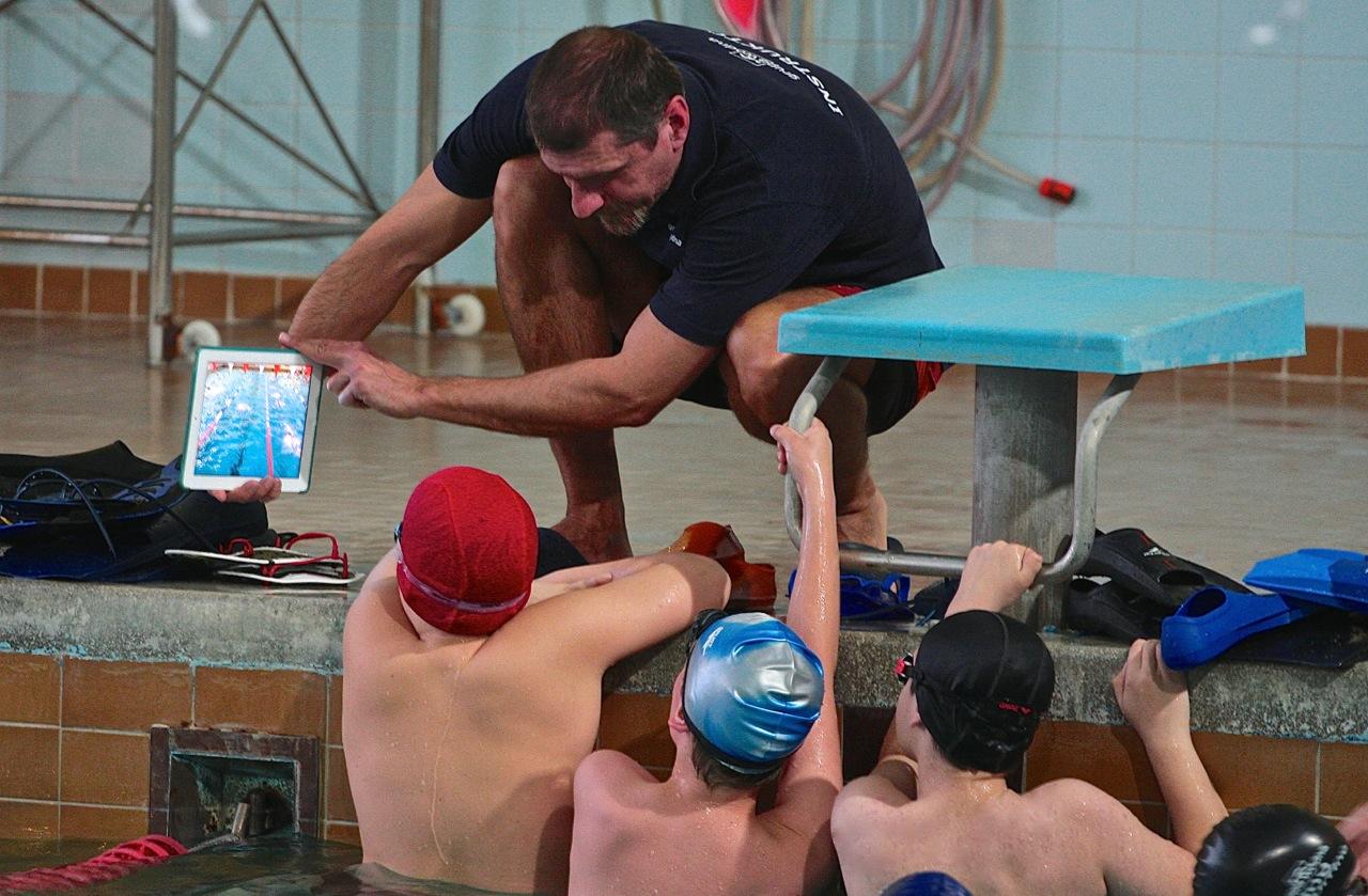 nauka pływania Elbląg grupa wodna instruktor nauczyciel pływania