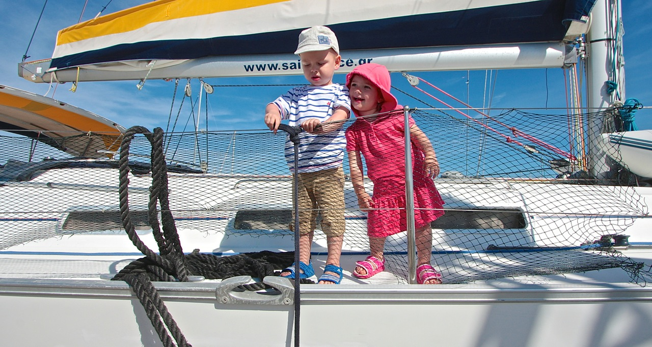 dzieci najachcie grupa wodna rejsy morskie Grecja