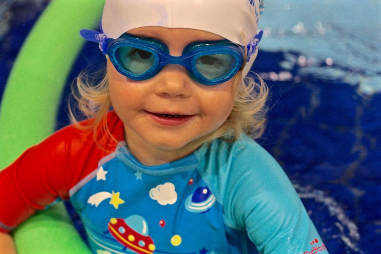 Nauka Pływania dla dzieci imłodzieży Elbląg nowy basen Dolinka
