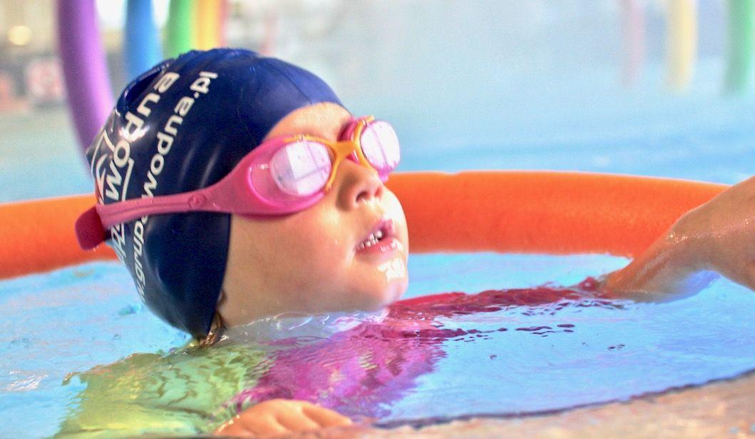 nauka pływania dla dzieci wElblągu iokolicach
